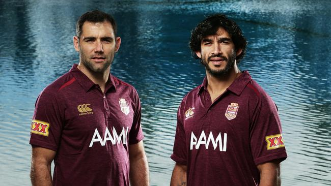 Maroons players Cameron Smith and Johnathan Thurston. Pic by Luke Marsden.