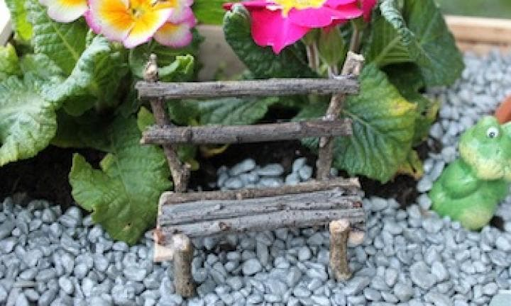 Make a fairy seat for your fairy garden