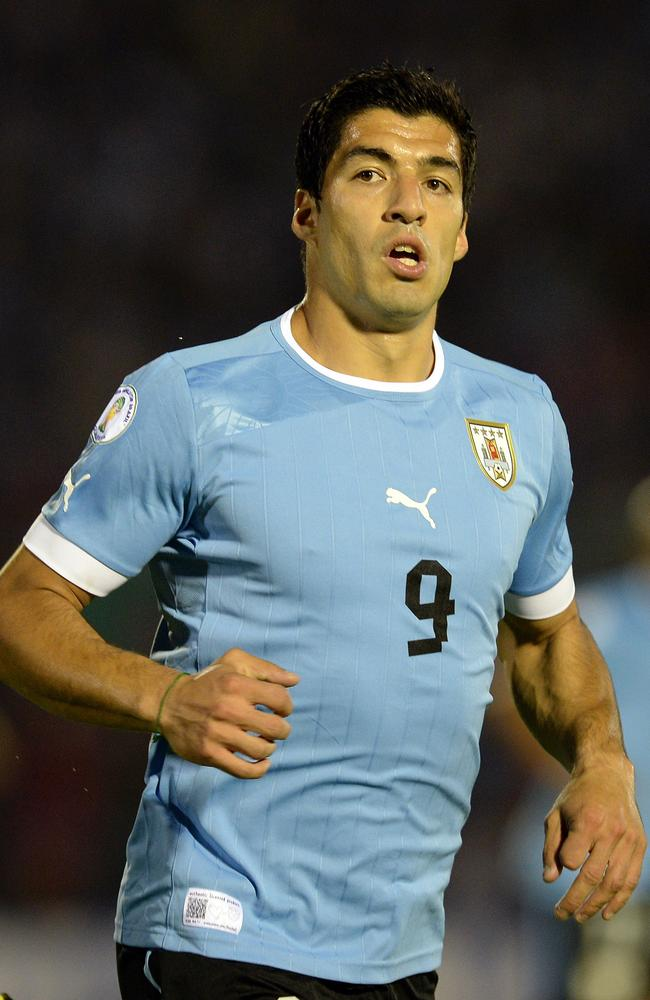 Can Luis Suarez take the Poms out of the World Cup?