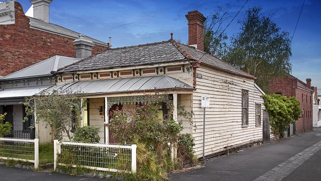 The three-bedroom home at 380 Montague St, Albert Park and its adjoining garage smashed the reserve price by $675,000.