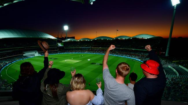 Adelaide Oval. Mark Brake