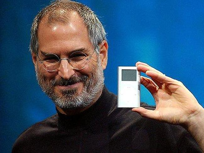 "The late Steve Jobs declared ""thermonuclear war"" on Android."