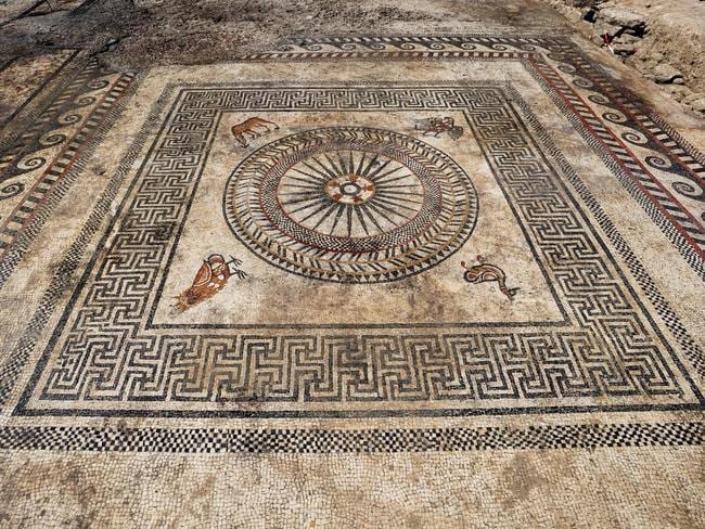 Mosaic uncovered in Southern France. Picture: Denis Gliksman/Inrap