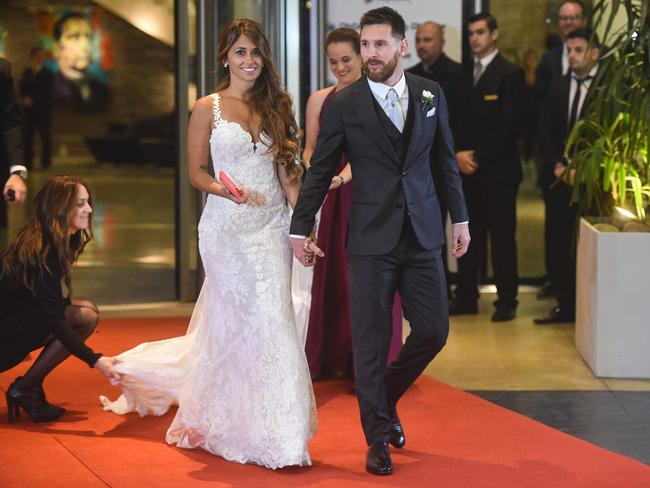 Messi  and his wife Antonella