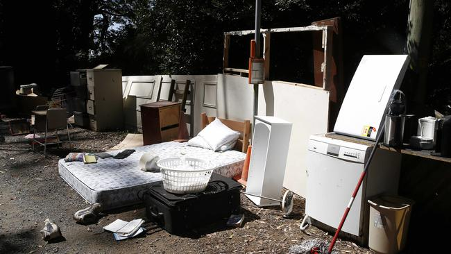 Calls for yarra ranges council to collect dumped rubbish for 9 kitchen road dandenong