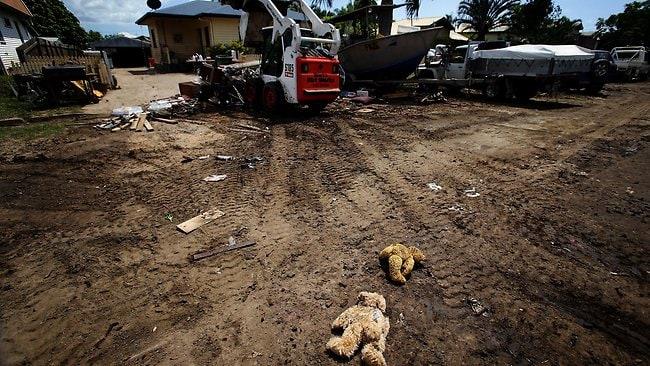 mud army Bundaberg floods cleanup