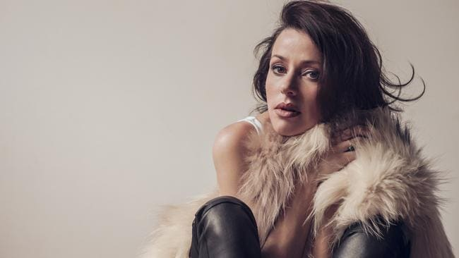 Tina Arena photographed by Cybele Malinowski