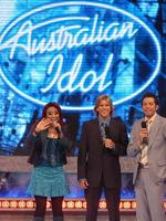 <p>Singer and runner-up Emily Williams with hosts Andrew G and James Mathison during Australian Idol Final 2005 at Opera House Audiitorium in Sydney. Pic. Craig Greenhill</p>