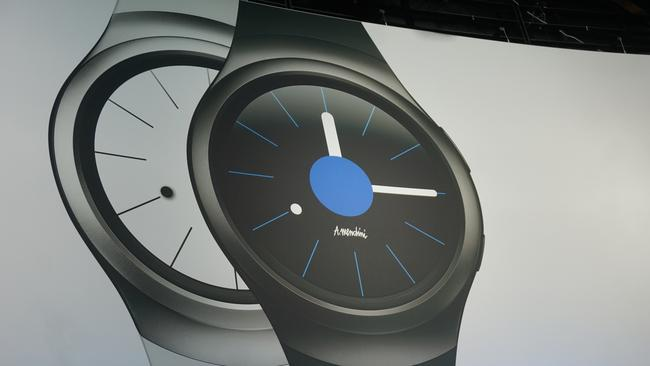 Samsung Gear S2 smart watch a rival to Apple Watch