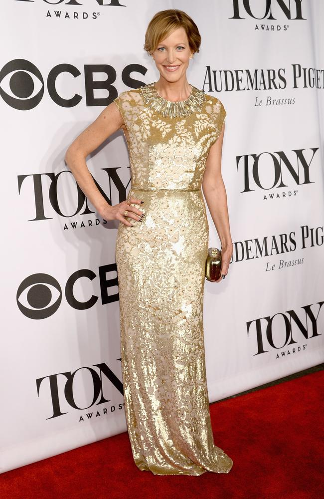 Breaking Bad star Anna Gunn glittered in this gold number.