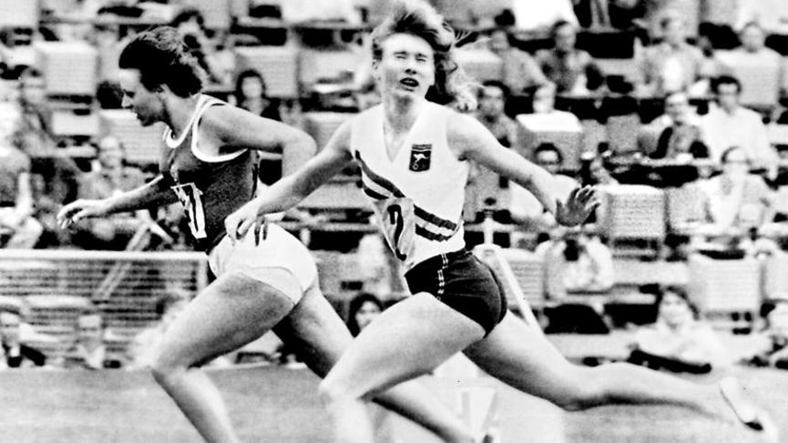 Raelene Boyle (R) is pipped by drug cheat Renate Stecher in the 200 final in Munich.