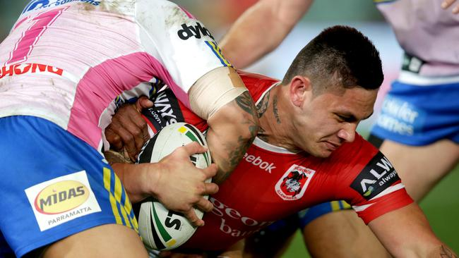 Daniel Vidot playing for St George Illawarra.