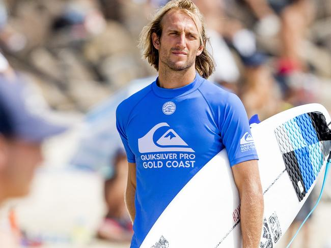 Owen Wright made a spectacular return to surfing on the Gold Coast.
