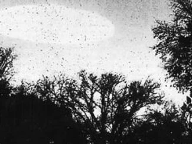 This sighting in Minneapolis, Minnesota, in October 1960, sent UFO enthusiasts into a spin.