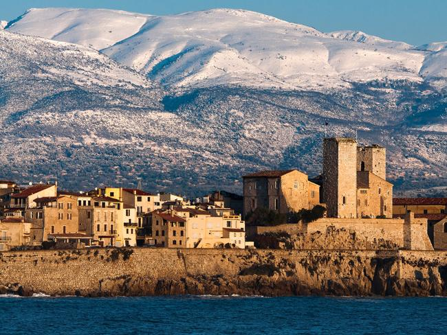 The old town of Antibes is nothing like it's neighbour Cannes. Picture: Thomas Leth-Olsen.