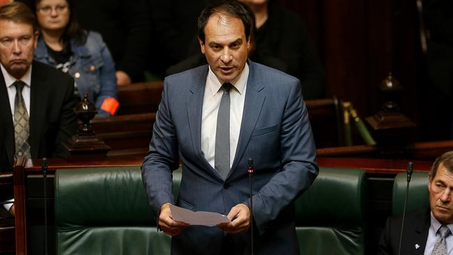 Frankston MP Geoff Shaw reads his apology in State Parliament. Picture: Ian Currie