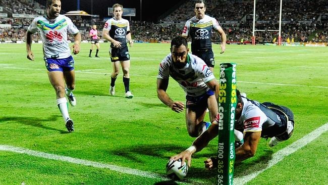 Antonio Winterstein's unbelievable try to give the Cowboys the win.
