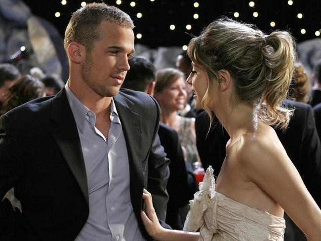 Cam Gigandet and Mischa Barton in the O.C.