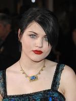 "Frances Bean Cobain arrives at the Los Angeles premiere of ""Twilight"" in 2008 in Westwood, California. Picture: Getty"