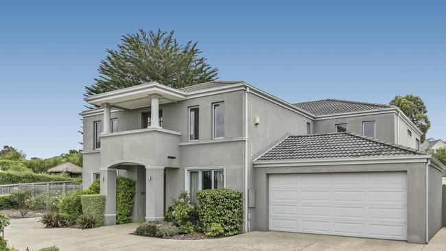 """<a href=""""https://www.realestate.com.au/sold/property-house-vic-frankston+south-127154138"""">3 Goldthorp Court, Frankston South,</a>has sold for $1.2 million after an earlier sale fell through."""