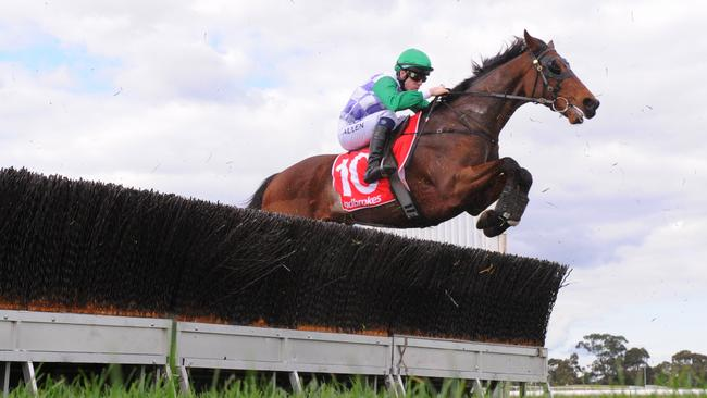 Grand Annual placegetter I'll'ava'alf resumes at Warrnambool.