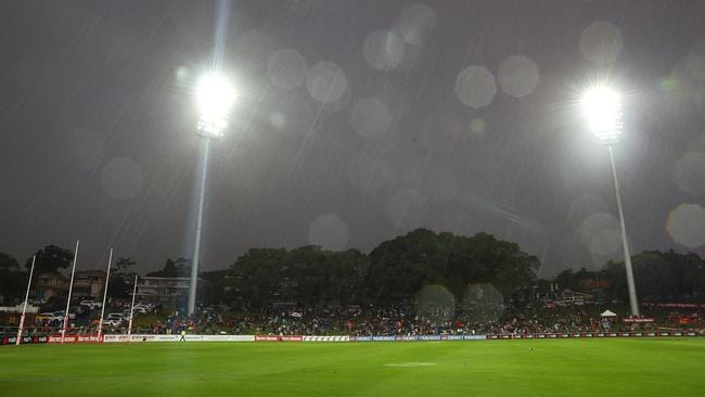 Fair to say it wasn't ideal conditions for footy. Picture: Getty