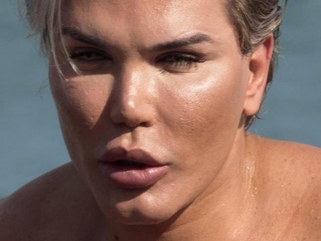 ONE TIME WEB USE ONLY - FEE APPLIES -  AU_904132 - ** RIGHTS: ONLY AUSTRALIA, NEW ZEALAND ** Marbella, SPAIN  -  *EXCLUSIVE*  - Photo ©2017 MAR/Lagencia Grosby  EXCLUSIVE Human Ken Doll Rodrigo Alves enjoys a beach day and shows his rolling skills in Marbella.    Pictured: EXC Rodrigo Alves    BACKGRID Australia 26 JUNE 2017     USA:  +1 310 798 9111  usasales@backgrid.com  .  UK:  +44 208 344 2007  uksales@backgrid.com  .  AUSTRALIA:  +61 2 9212 2622  australiasales@backgrid.com  .  GERMANY:  +49 4541 8565014  germanysales@backgrid.com  Picture: BackGrid