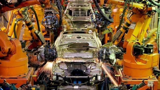 australian car manufacturing industry essay Australian car manufacturing industry comes to an end 719 words feb 3rd, 2018 3 pages the following essay will argue that the government should not provide finances to save the automotive manufacturing industry.