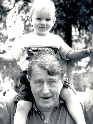 Neville Wran with Harriett in 1989. Picture: Ian Mainsbridge