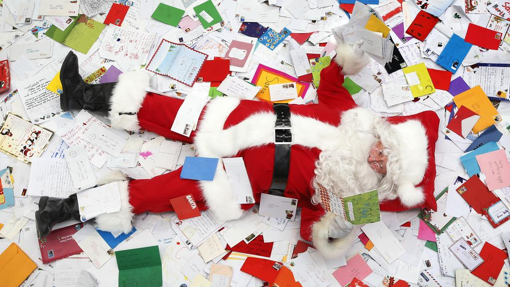 Where to send your letter to santa claus in time for christmas australia post is encouraging children across victoria to post their santa mail nice and early spiritdancerdesigns Choice Image