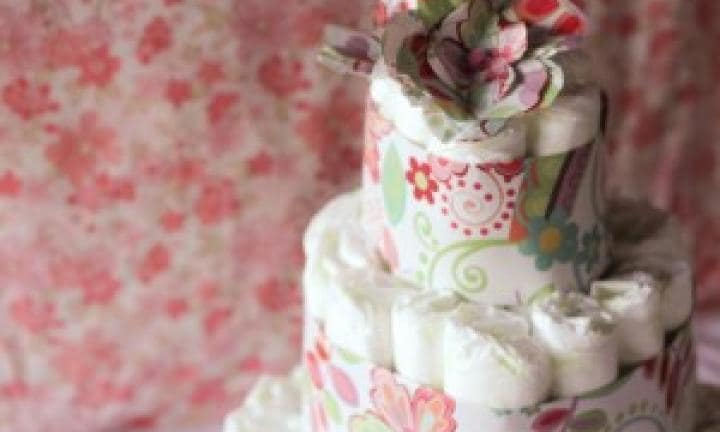 Craft tutorial: How to make a celebration nappy cake