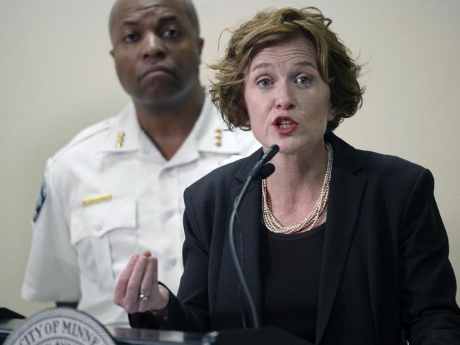 Minneapolis mayor Betsy Hodges and assistant police chief Medaria Arradondo discuss the latest developments in the death of Justine Damond. Picture: Richard Tsong-Taatarii/Star Tribune via AP