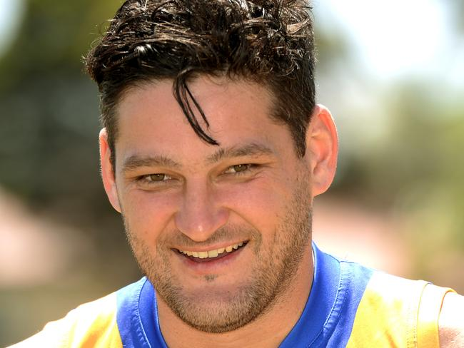 Fev adds to his 'Guinness record'