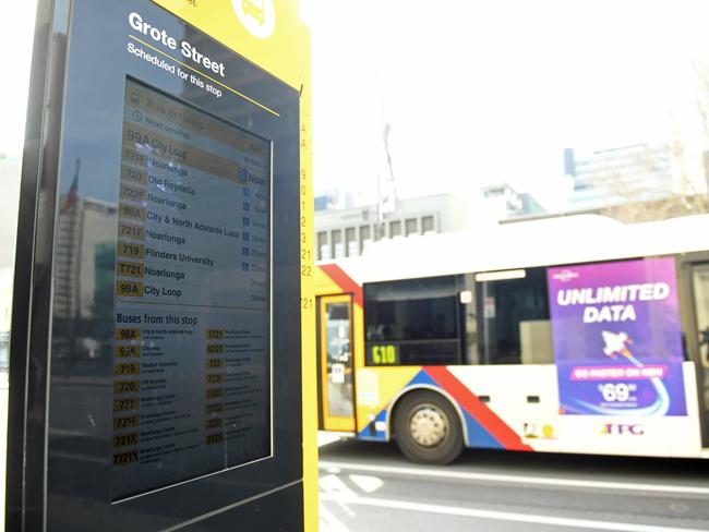 Digital Signs At Adelaide Cbd Bus Stops Will Provide Real
