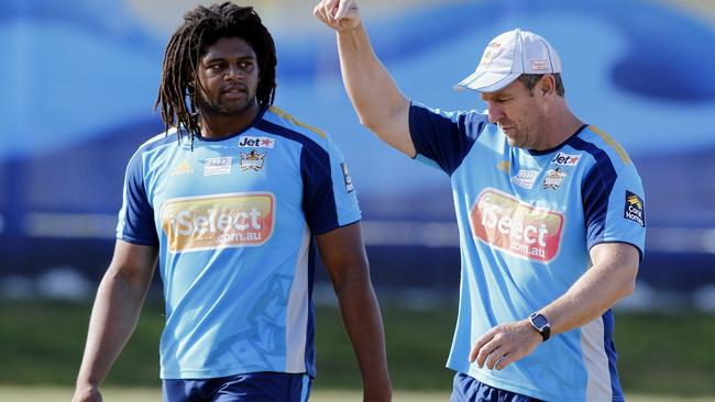 Gold Coast coach John Cartwright and Jamal Idris talk.