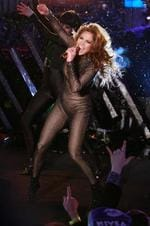 <p>Singer Jennifer Lopez performs during New Year's Eve celebrations in New York's Times Square December 31, 2009.</p>