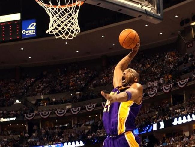 Kobe Bryant flies high for the Los Angeles Lakers.