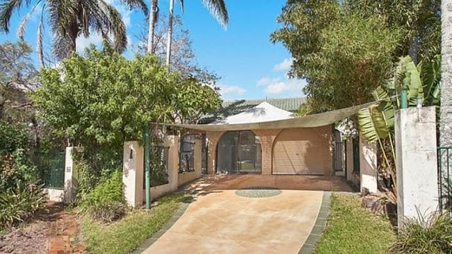 "The ""renovators dream'' at 11 Henning Court, Mermaid Waters sold under the hammer. Picture: realestate.com.au"