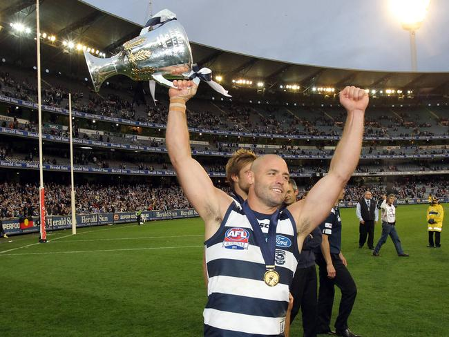 Hunt was part of two Geelong premierships.