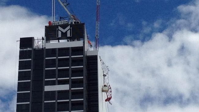 North Sydney workers left hanging 25 storeys high after their crane collapsed
