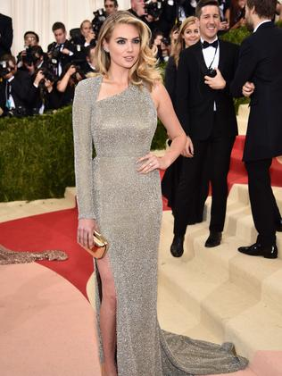Model Kate Upton on the red carpet at the Met Gala.