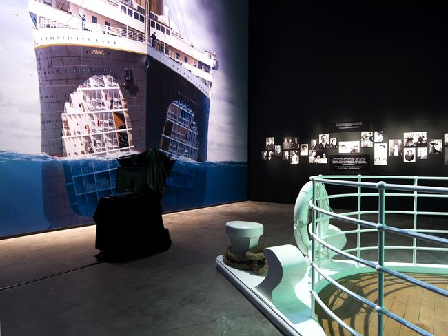 Exhibition Displays Perth : Titanic the exhibition opens at perth convention and