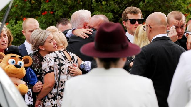 Hume hwy family at funeral