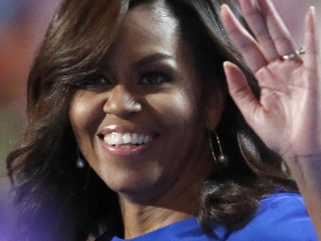 Michelle Obama stuns in chic blue frock at DNC