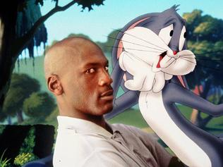"USA basketballer Michael Jordan (l) with Bugs Bunny (r) in scene from film ""Space Jam"". /Films/Titles/Space/Jam"