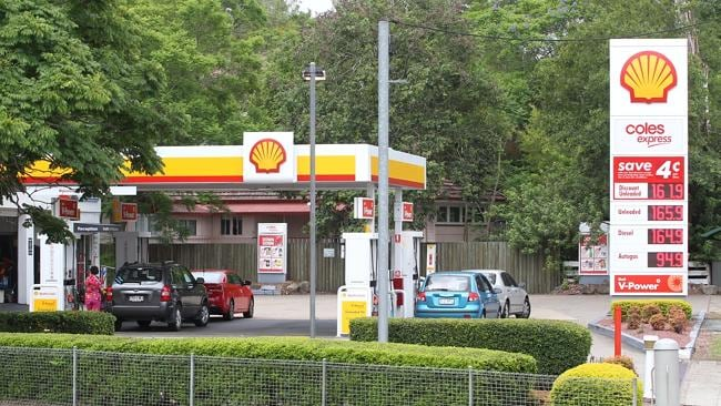 Talks of a sale ... A Shell outlet at Chapel Hill. Pic Chris Higgins