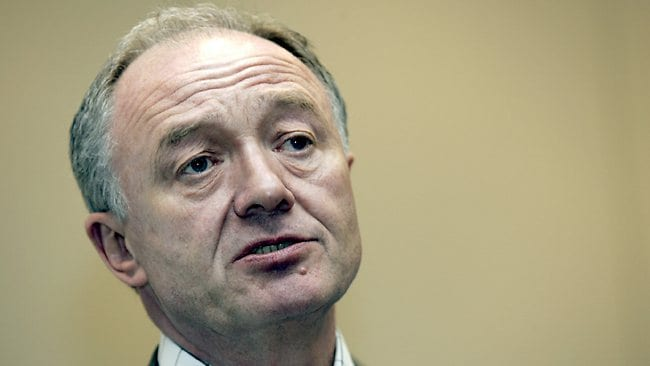 FEBRUARY 15, 2005 : London's then-Mayor Ken Livingstone talks during a media briefing on the the first day of the International Olympic Committee's evaluation commission visit for London's 2012 Olympic bid in central London, 15/02/05. P/