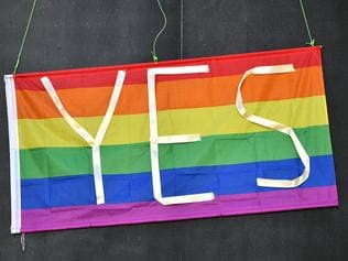 A message in support of a Yes vote in the marriage equality postal survey seen in Sydney's east, Friday, October, 6, 2017. (AAP Image/Joel Carrett) NO ARCHIVING