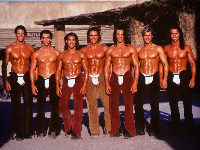 Durie (third from left) in his Manpower days. Sorry for digging this photo up, Jamie.