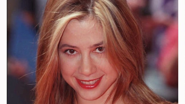 Mira Sorvino graduated from Harvard at the top of her class with a degree in Chinese.
